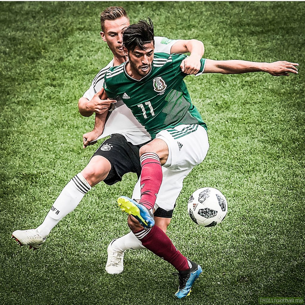 """Carlos Vela's grandfather has died. """"""""The last victory that you were able to see ... I hope you left proud of me."""""""