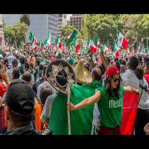 Huge Party In Mexico City after MÉXICO vs Germany win