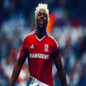 PSG moves for Middlesbrough winger Adama Traore (Duncan Castles).