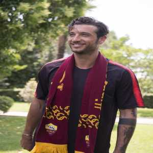 Antonio Mirante is having his medical with Roma