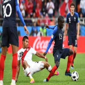 N'Golo Kanté already made 27 recoveries this World Cup tournament (incl. 13 v Peru), only one French outfield player managed to reach that tally in 2010 or 2014 (Paul Pogba, 28 in 2014)