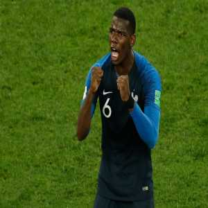 Paul Pogba has won 32 duels in the knockout stage of the 2018 World Cup, more than any other midfielder.