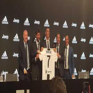 Cristiano Ronaldo officially presented as a Juventus player