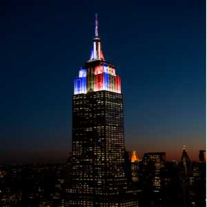 In honor of France's World Cup victory, the Empire State Building in NYC lights up in the colors of the French flag