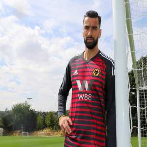 Rui Patricio Officially Arrives at Wolves