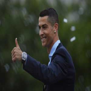 Since 2009/10 Cristiano Ronaldo has scored 450 goals, in all competitions, only four less than all the strikers with Juventus in the same period.
