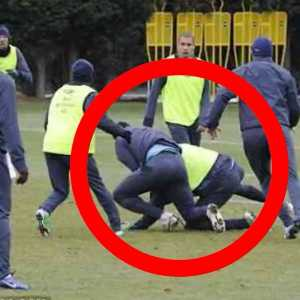 Antonio Candreva fails to get past youth player (Maj Rorič) during training, so next play he elbows him in the face.
