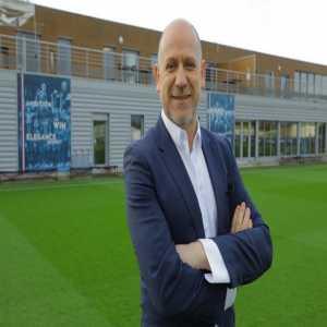 [Paris United] Antero Henrique, Sporting Director of PSG, met with the agent of De Jong, Ali Dursun.