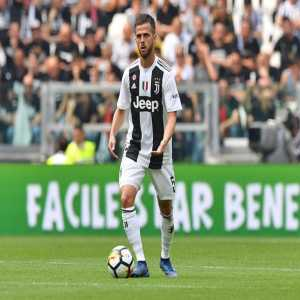 [EuroUnited] Miralem Pjanic is now represented by Nikola Damjanac, an associate of Pini Zahavi and Fali Ramadani. The Bosnian international is now considering a departure while Juventus wishes to extend his contract.