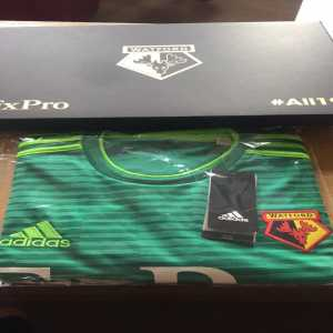 Watford reveal away kit by sending free shirts to all fans that attended every away game last season #All19