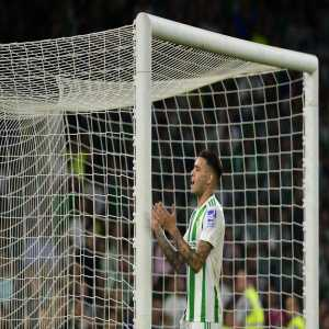 Antonio Sanabria: Only Lionel Messi (every 88.1 mins) and Cristiano Ronaldo (every 88.2 mins) scored a goal more frequently than Sanabria (every 105.9 mins) in La Liga last season (5+ goals)