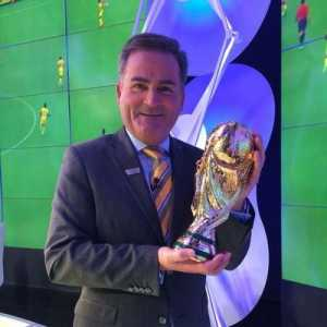"""Richard Keys: """"We've got to stop this, 9/20 PL clubs have gambling shirt sponsorship. 17/24 EPL clubs. 1.4m gambling ads/year. 4yo's exposed to 200 hours of ads. They're banning it in Italy Jan 1. So should we. We're at tipping point."""""""