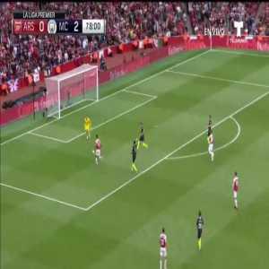 Aubameyang offside goal vs Manchester City