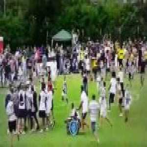 Juventus A 5-0 Juventus B - Pitch invasion (fans surround Cristiano Ronaldo)