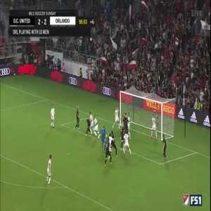 Rooney tackle and then insane assist for the win