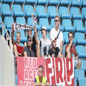 Photo of the 7 fans of RB Leipzig who traveled to their Europa League qualifier against Universitatea Craiova in Romania