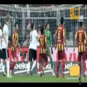 Besiktas [1]-0 Yeni Malatyaspor — Pepe 52' (5th goal in his 6 matches)