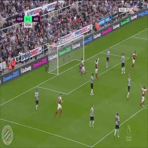 Newcastle 0-[2] Arsenal : Ozil 58'