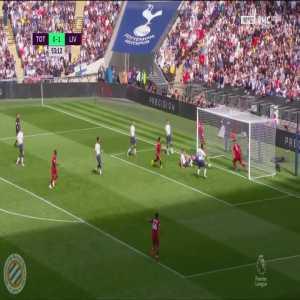 Tottenham 0-[2] Liverpool : Firmino 54'