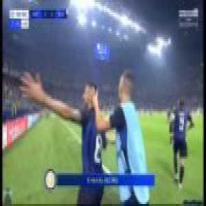 Great italian commentary on Vecino's goal against Tottenham