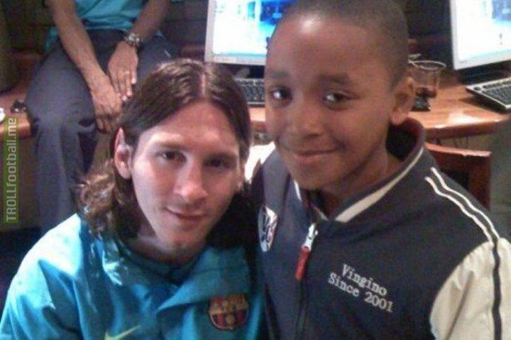 🗓 2008: A 10-year-old Steven Bergwijn takes photo with Lionel Messi...  🗓 2018: Steven Bergwijn faced Messi at Camp Nou in the Champions League.  When your rivals become your peers 🙌