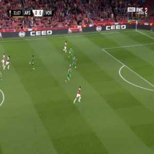 Arsenal 1-0 Vorskla - Pierre-Emerick Aubameyang 31'