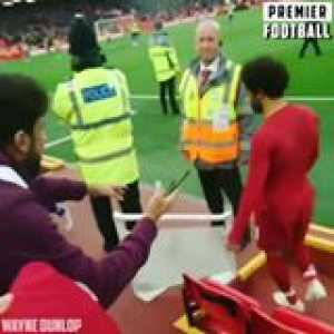 Class from Mo Salah 🙌  This young fan will never forget this ❤️