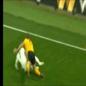 Demarai Gray (Leicester City) Nasty Injury vs Wolves
