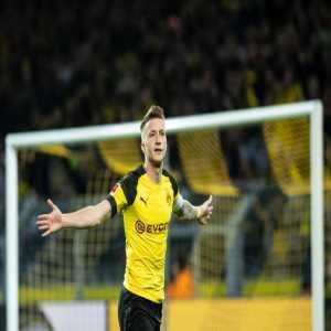 Marco Reus has scored his 100th goal for Borussia Dortmund!