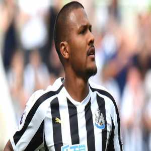 BREAKING: Newcastle striker Salomon Rondon out of Saturday's match against Leicester with thigh injury.