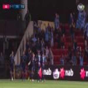 Adam Le Fondre vs Adelaide United [1]-1