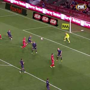 Scott Galloway great goal in A-League (Adelaide United 1-0 Sydney FC)