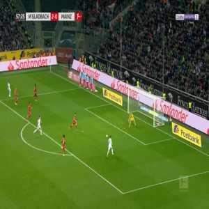 Monchengladbach 3-0 Mainz - Thorgan Hazard 58'