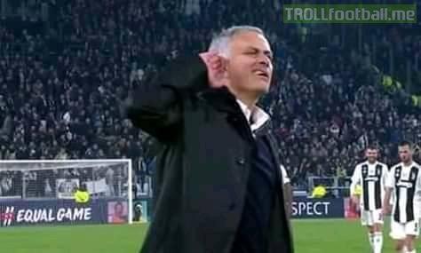 Juventus 1 - 2 Manchester united Tag em juvetards 😂😂
