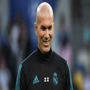 Florentino Perez contacted Zinedine Zidane and Alain Migliaccio a few weeks ago to get him to come back as the head coach of Real Madrid. Zidane refused the offer