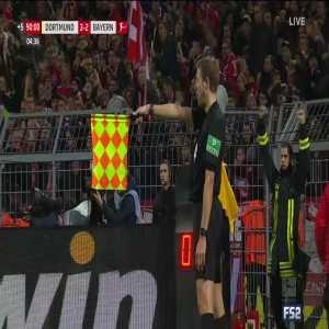 Lewandowski Disallowed Goal for Offside in the 90+5'