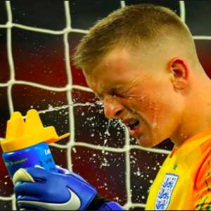 Jordan Pickford had the USA penalty takers and their likely direction written down on his water bottle.