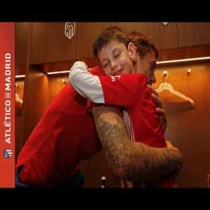Griezmann and the rest of Atletico meet Manu