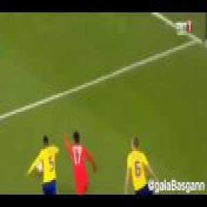 Nice skill by Ünder in Turkey-Sweden match