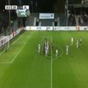 Iceland [1]-1 Qatar - Ari Skulason free-kick 29'