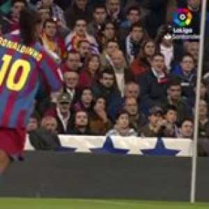 Ronaldinho showed Barcelona and Messi how to score against Real Madrid!!!