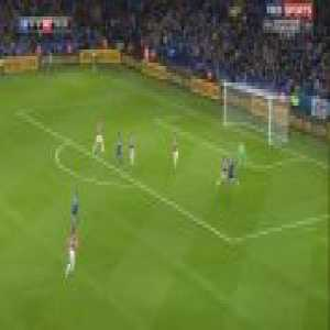 (throwback) 3 years ago today, Jamie Vardy scores this goal for the 11th consecutive PL game to break the record.