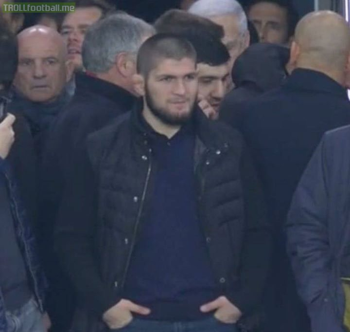 Khabib Nurmagomedov was at Liverpool vs PSG tonight. Reports say Neymar went down crying for a foul just looking at him. 🤕
