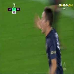 Ander Herrera goal (Southampton 2-[2] Man Utd) 39'