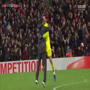 """Jurgen Klopp: """"I have to apologise because I didn't want to be disrespectful but I couldn't stop myself. It just happened! The plan was not to run onto the pitch to celebrate! When I chose to stop I was close to Alisson. He was surprised!"""""""