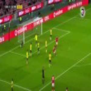 Benfica [2]-0 Paços de Ferreira - João Félix 45'