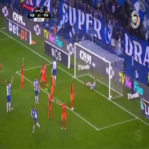 FC Porto [4]-1 Portimonense - Moussa Marega 64'