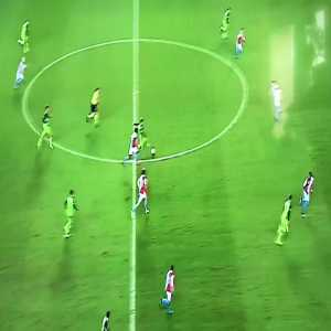 Beautiful action by Slavia Prague (Slavia [3]-0 Mladá Boleslav) scored by Olayinka (asist. Stoch)