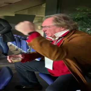 Ray Hudson losing his mind after Messi's freekick