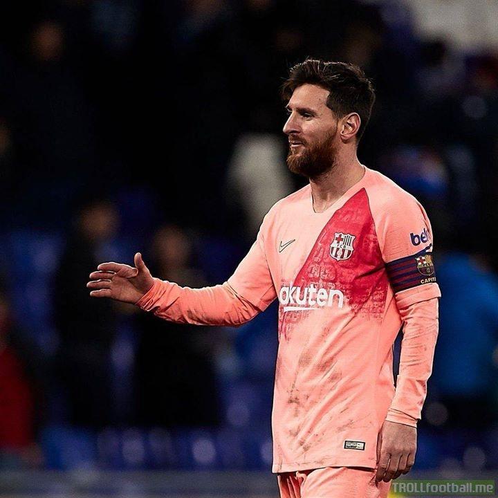 Free-kicks scored in the last 4 years:  ⚽ Lionel Messi: 19  ⚽ Juventus: 18 ⚽ Real Madrid: 14  ⚽ Lyon: 14 ⚽ Roma: 14 ⚽ Bayern: 13 ⚽ PSG: 12 ⚽ Sampdoria: 12 ⚽ Monaco: 12 ⚽ Chelsea: 11 ⚽ Liverpool: 11 ⚽ AC Milan: 11